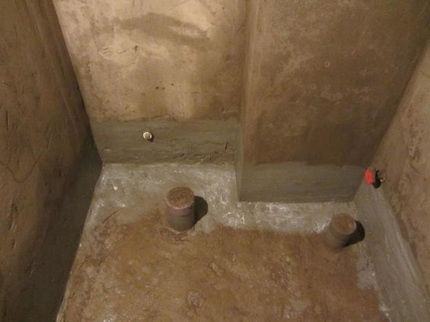 Quét vữa chống thấm cho nhà vệ sinh